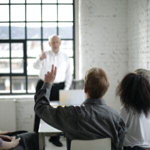 Όχι ερωτήσεις στο μίτινγκ: Γιατί δε δέχομαι ερωτήσεις στην παρουσίαση